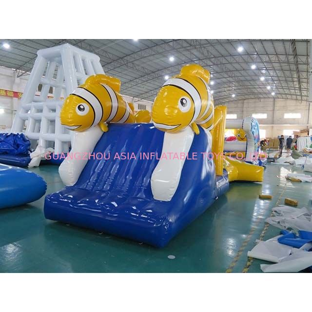 Exciting Nimo Theme Aqua Run Inflatables / Blow Up Water Obstacle Course supplier