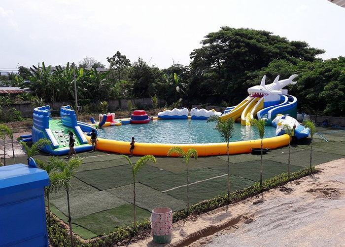 Mobile Thailand Project Inflatable Water Parks With Slide Puncture Proof