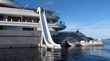 Outdoor Inflatable Water Floating Sports, Inflatable Yacht Slide