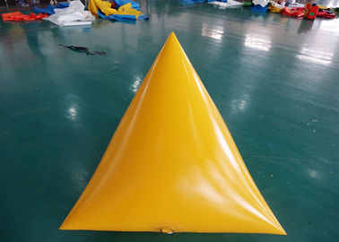 Triangle Shape Yacht Race Market Inflatable Buoys For Water Triathlons Advertising